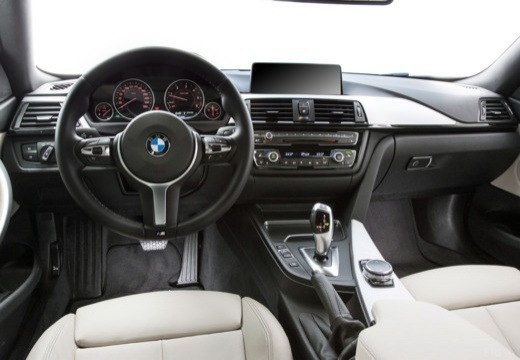 BMW Seria 4 F32 coupe tablica rozdzielcza