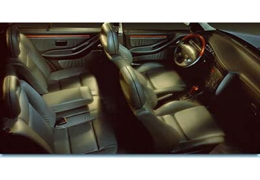 SEAT Toledo hatchback wnętrze