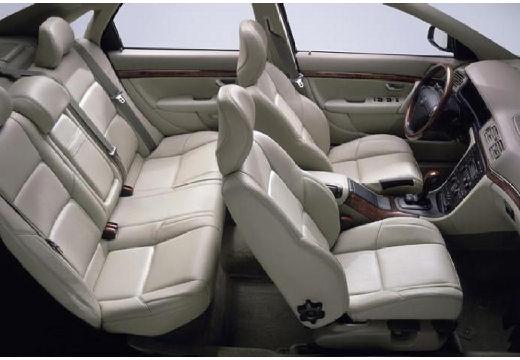 VOLVO S80 II sedan wnętrze