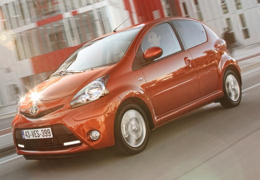 Toyota Aygo 1.0 VVT-i Easy A/C Hatchback III 68KM (benzyna)