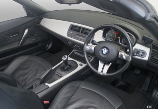 BMW Z4 E85 I roadster tablica rozdzielcza