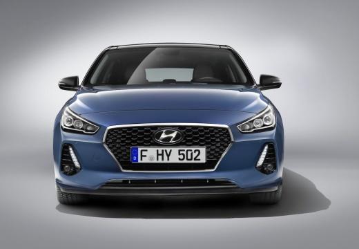 HYUNDAI i30 V hatchback niebieski jasny przedni