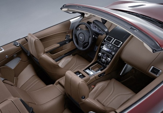 ASTON MARTIN DBS Volante kabriolet wnętrze