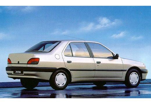 PEUGEOT 306 1.6 Saint Tropez Sedan II 90KM (benzyna)