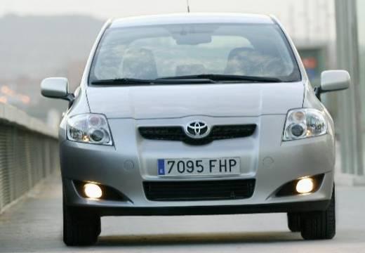 Toyota Auris I hatchback silver grey przedni