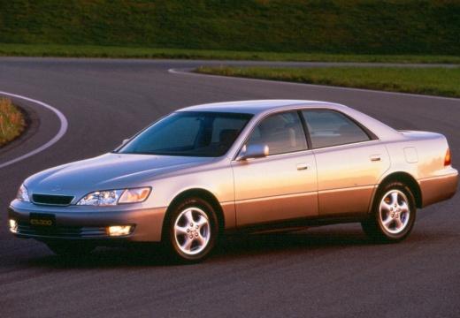 LEXUS ES 300 Sedan I 3.0 210KM (benzyna)