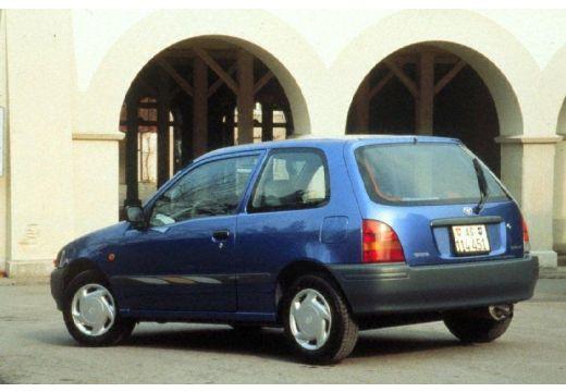 Toyota Starlet hatchback tylny lewy