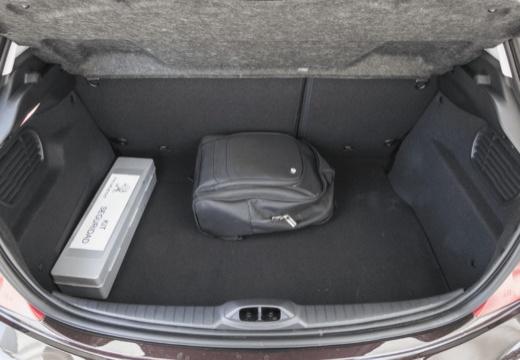 PEUGEOT 208 I hatchback przestrzeń załadunkowa