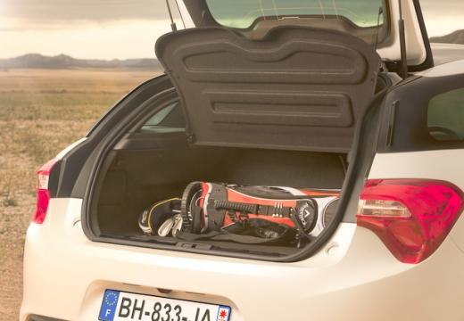 CITROEN DS5 hatchback przestrzeń załadunkowa