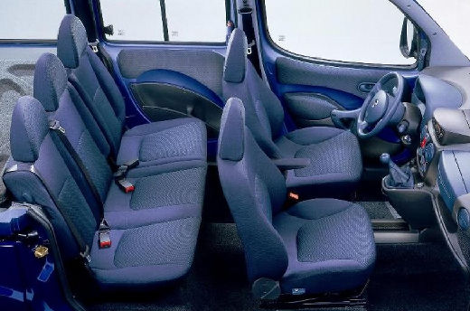 FIAT Doblo I kombi wnętrze
