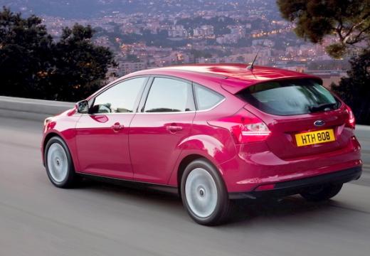 FORD Focus V hatchback czerwony jasny tylny lewy