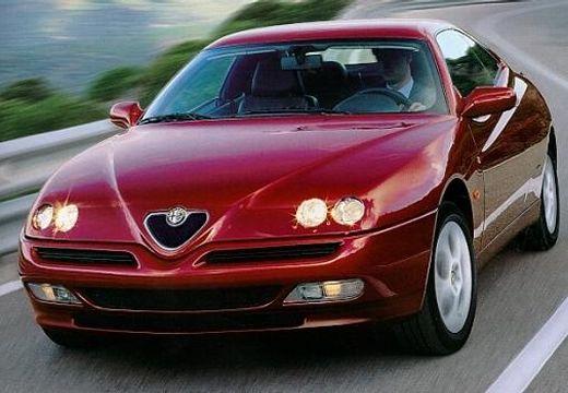 ALFA ROMEO GTV coupe bordeaux (czerwony ciemny) przedni lewy