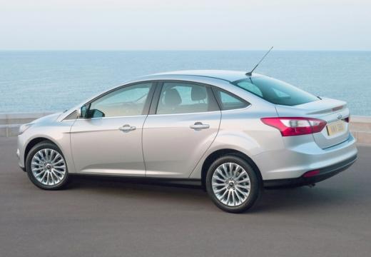 FORD Focus V sedan silver grey tylny lewy