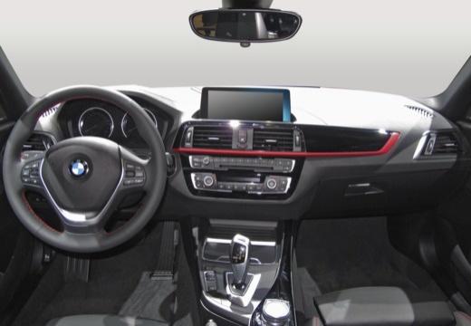 BMW Seria 1 F20 III hatchback tablica rozdzielcza