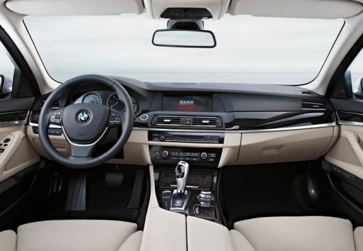 BMW Seria 5 F10 I sedan tablica rozdzielcza