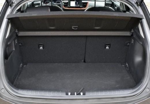 KIA Stonic hatchback przestrzeń załadunkowa