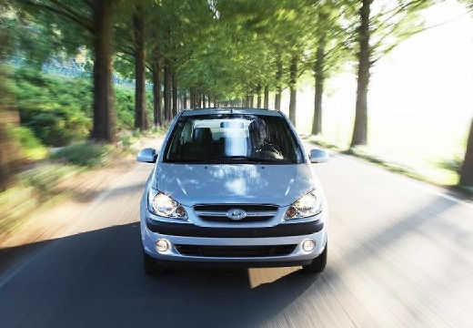 HYUNDAI Getz 1.1 Medio / Style Hatchback II 66KM (benzyna)