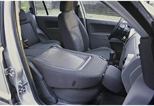 FORD Fusion hatchback wnętrze