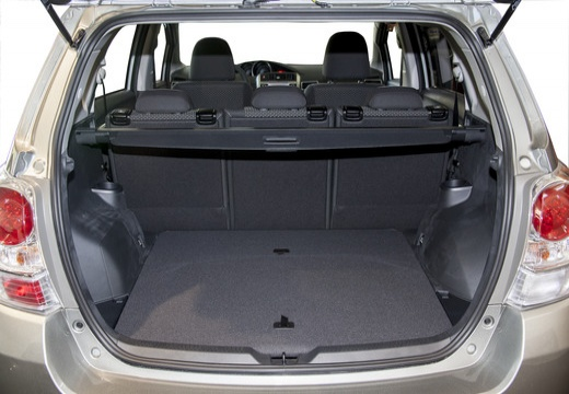 toyota verso 1 8 prestige kombi mpv ii 147km 2013. Black Bedroom Furniture Sets. Home Design Ideas