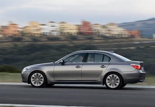 BMW Seria 5 E60 II sedan brązowy boczny lewy