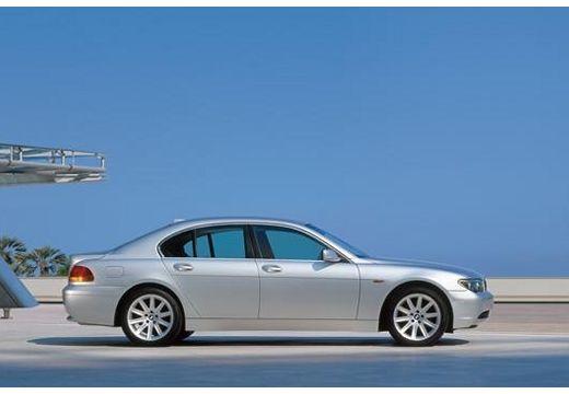 BMW Seria 7 E65 E66 I sedan silver grey boczny prawy