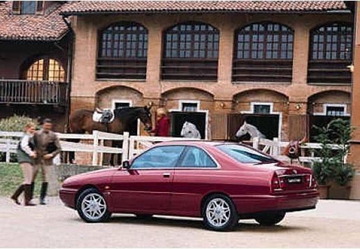LANCIA Kappa coupe bordeaux (czerwony ciemny) tylny lewy