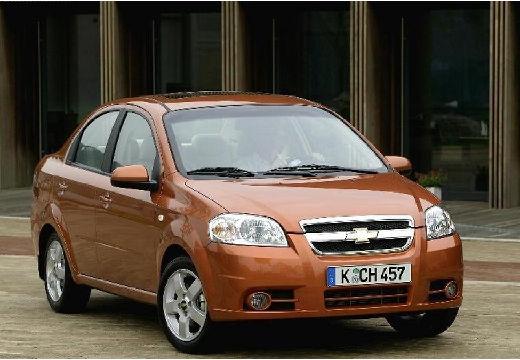 CHEVROLET Aveo II sedan pomarańczowy przedni prawy