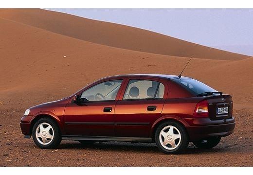 OPEL Astra II hatchback bordeaux (czerwony ciemny) tylny lewy