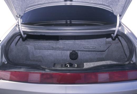 ALFA ROMEO GTV II coupe silver grey przestrzeń załadunkowa
