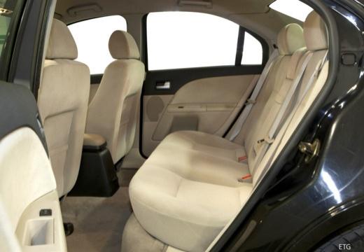 FORD Mondeo III sedan wnętrze