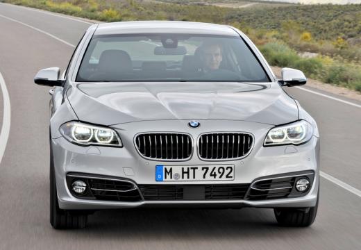 BMW Seria 5 F10 II sedan silver grey przedni
