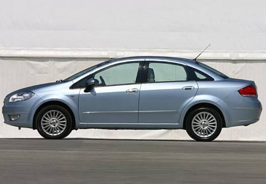 FIAT Linea I sedan niebieski jasny boczny lewy
