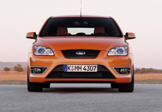 FORD Focus ST Hatchback III 2.6 225KM (benzyna)