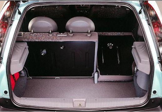 OPEL Corsa C I hatchback przestrzeń załadunkowa
