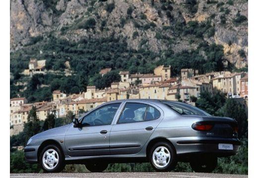 RENAULT Megane Classic I sedan silver grey tylny lewy