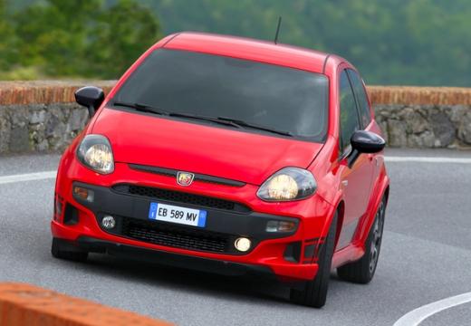 FIAT Punto Evo hatchback czerwony jasny przedni lewy