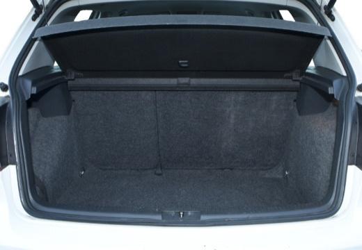 VOLKSWAGEN Golf VI hatchback przestrzeń załadunkowa