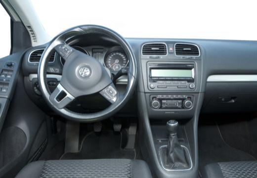 VOLKSWAGEN Golf VI hatchback tablica rozdzielcza