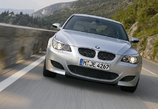 BMW M5 Sedan E60 I 5.0 507KM (benzyna)