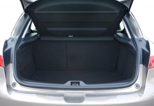 RENAULT Megane III II hatchback szary ciemny przestrzeń załadunkowa