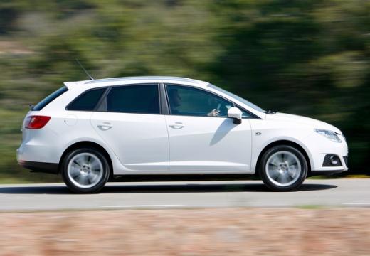 SEAT Ibiza ST I kombi biały boczny prawy
