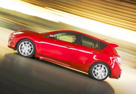 MAZDA 3 III hatchback czerwony jasny boczny lewy