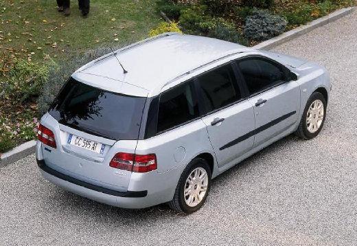 FIAT Stilo Multiwagon II kombi silver grey tylny prawy