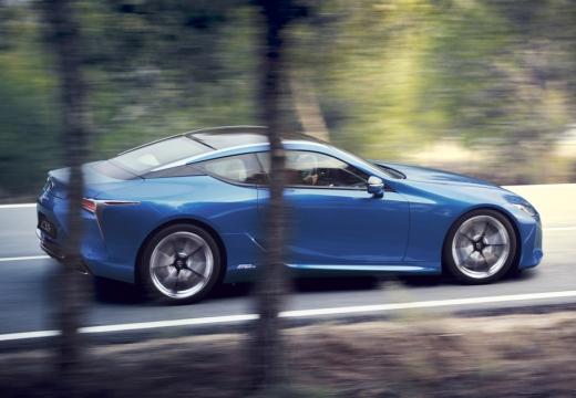 LEXUS LC coupe niebieski jasny boczny prawy