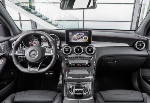 MERCEDES-BENZ Klasa GLC GLC Coupe C 253 I hatchback czarny tablica rozdzielcza
