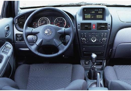 NISSAN Almera II 1.5 dCi Visia Hatchback 82KM (diesel)