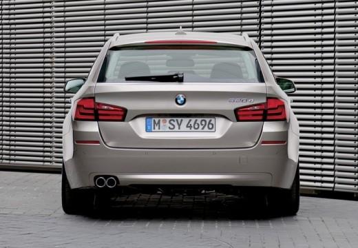 BMW Seria 5 Touring F11 I kombi silver grey tylny