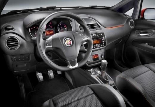 FIAT Punto Evo hatchback tablica rozdzielcza