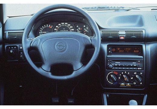 OPEL Astra II hatchback tablica rozdzielcza