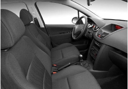 PEUGEOT 207 I hatchback wnętrze